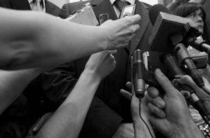 La vocación de servicio y el amor por la profesión, son actitudes mutuas que no desaparecen del pensamiento responsable de cada uno de nosotros, los periodistas. Foto: Archivo.