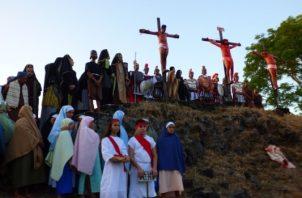 La Semana Santa en vivo en Pesé es una de las primeras manifestaciones de turismo religioso del país, y reúne cada año miles de visitantes, para recrear la pasión de Jesucristo en la cruz. Foto/Thays Domínguez