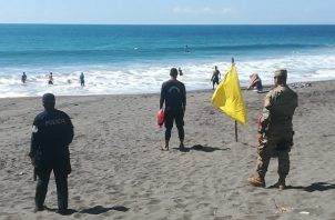 Ampliaron las medidas de seguridad en la playas del país. Foto/José Vásquez