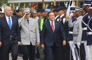 La vieja guardia de la Policía Nacional no concibe que un civil haya estado al frente de las tropas de seguridad del país. Foto de archivo