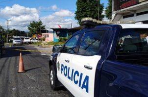 Agentes de la DIJ pasaban por la zona cuando un hombre disparó contra otro en Santa Marta. Foto: Policía Nacional.
