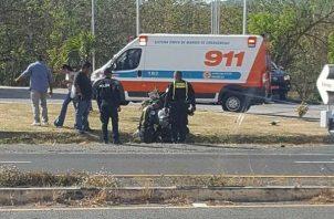 Fue auxiliado por paramédicos del SUME 91. Foto: Eric A. Montenegro.