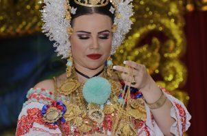 En honor al traje típico de Panamá.  Cortesía/Inac