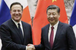Primera visita de un presidente de la República Popular China. Archivo
