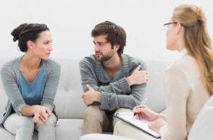 Esta situación no discrimina ningún tipo de edad, ya que lo pueden vivir tanto las parejas jóvenes como las de más edad.