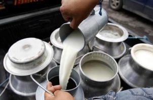 Productores de leche grado C también recibirán su pago. Foto/Archivo