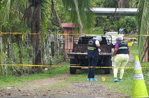 Residentes de la comunidad de El Roble reclaman mayor vigilancia en la comunidad y aseguran estar sorprendidos por este hecho  de sangre.