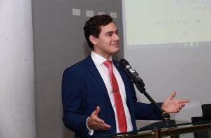 El joven diputado ha presentado varias propuestas dirigidas al órgano Legislativo. Foto de Twitter