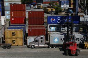 El sistema portuario tiene que atraer carga. Archivo