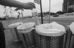 Muchas organizaciones promueven la educación ambiental de la comunidad apoyando el manejo del uso de la basura para el reciclaje, la forestación en áreas que se han deforestado. Foto: Archivo Epasa.