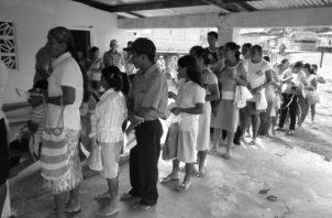 Integrantes del programa Red de Oportunidades. El Gobierno Nacional tiene el compromiso de entregar un apoyo económico en efectivo a las 72,563 beneficiarias registradas. Foto: Archivo. Epasa.