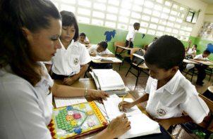Las escuelas en estado crítico serán una prioridad en mi gestión, Maruja Gorday de Villalobos.
