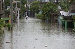 El más reciente del informe del Centro Nacional de Huracanes de Estados Unidos, precisó que la tormenta se encuentra unos 400 km al oeste de Martinica.