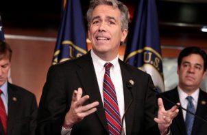 """Joe Walsh, un miembro del movimiento """"Tea Party"""" que representó a Illinois en la Cámara de Representantes entre 2011 y 2013, tiene ahora su propio programa de radio. FOTO/AP"""