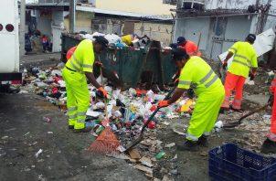 Revisalud indicó que se veía en la obligación de no recoger la basura en San Miguelito, en parte debido al incumplimiento en la circulación de fondos por parte del Idaan.