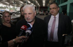 Ricardo Martinelli acudió al SPA ayer en compañía de algunos de sus abogados, para  presentar  formal oposición.