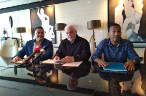 Ricardo Martinelli señaló que recolectará firmas para iniciar una renovación total de la junta directiva de Cambio Democrático. Foto: Luis Ávila.