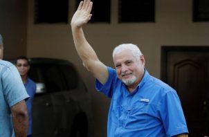 El expresidente Ricardo Martinelli actualmente tiene la medida cautelar de depósito domiciliario.