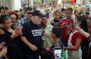 El expresidente Ricardo Martinelli acusó al exmandatario Juan Carlos Varela de perseguirlo y tratar de hacerle daño.
