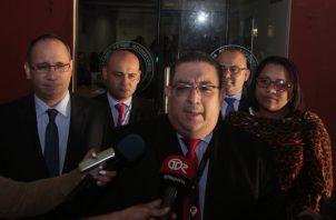 Ricaurte González fue quien manifestó que la fiscalía no presentaría más testigos en juicio a Ricardo Martinelli.