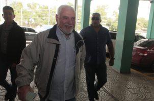 Ricardo Martinelli Berrocal a su llegada al Sistema Penal Acusatorio, en plaza Ágora. Foto de Víctor Arosemena