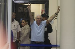 Ricardo Martinelli ha acusado al gobierno de Juan Carlos Varela de persecución política. Archivo