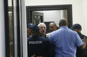 """El caso """"pinchazos"""" que se le sigue a Ricardo Martinelli pasó a la justicia ordinaria, luego de que la Corte Suprema de Justicia declinara su competencia."""