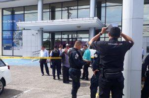 Tres de los cuatro asaltantes del Banco General fueron heridos por los policías. Foto: Redes sociales.