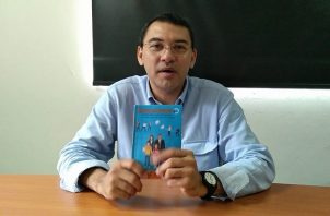 Escritor Rodolfo Caballero. Foto: Fanny Arias