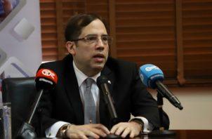 Rolando de León de Alba, gerente general del Banco Nacional de Panamá se reunió hoy con los medios. Foto: Banco Nacional