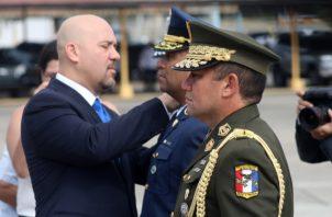 Rolando Mirones, ministro de Seguridad Pública, fue quien  denunció  las supuestas jubilaciones y ascensos ilegales.