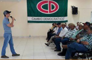 El candidato presidencial hizo referencia a otros temas políticos. Foto/Thays Domínguez