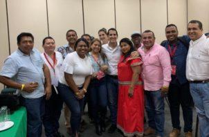 El excandidato presidencial de Cambio Democrático se reunió con candidatos electos en las pasadas elecciones.