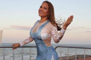Sacerdote de Las Tablas llama 'cantante de borrachos y cantina' a Sandra Sandoval. Foto: Panamá América.
