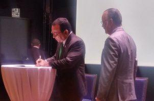 Eduardo Flores Castro, rector de la Unviersidad de Panamá.