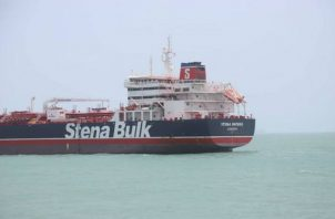 """Las autoridades iraníes acusan al """"Stena Impero"""" de no respetar las normas de navegación, algo que su naviera -Stena Bulk- rechaza."""