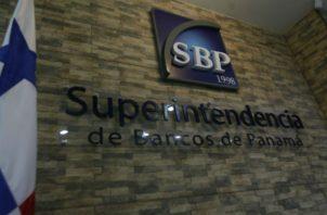 La supuesta empresa tampoco ha solicitado, ni cuenta con autorización de esta Superintendencia de Bancos. Foto/Archivo