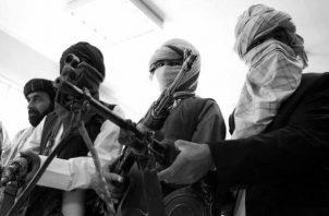 Con métodos pacíficos puede acabarse con los talibanes, empezando por no apoyar a sus históricos sostenedores, los saudíes. Foto: EFE.