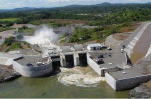 El sector energético en Panamá busca desde hace años diversificar la matriz energética hacia tecnologías renovables, con la finalidad de contar con mejores ofertas. Archivo