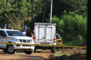 El cuerpo del occiso fue hallado a más de 50 metros del taxi en Capira.