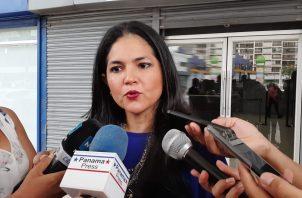 La directora general de la Autoridad Nacional de Aduanas, Tayra Barsallo, dijo que el Ministerio Público deberá determinar quién o quiénes son los culpables del desfalco. Foto: Víctor Arosemena.