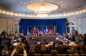 El Grupo de Lima amenazó ayer con imponer nuevas sanciones a Venezuela con el fin de forzar la salida del presidente Nicolás Maduro pero reiteró que no promueve acciones militares.