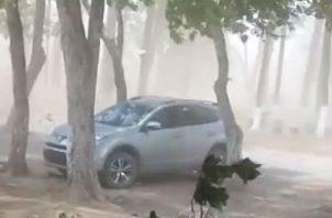 Apocalíptico, tormenta de polvo azota varias comunidades del distrito de Alanje. Foto: José Vásquez.