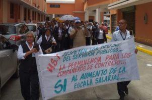 Empleados del hospital protestan en su tiempo de almuerzo. Foto de cortesía