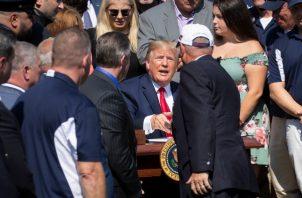 El presidente de Estados Unidos, Donald Trump, firma ley para los héroes del 11-S..