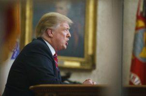 Trump en su discurso en un horario de máxima audiencia. Foto: AP.