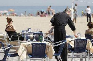 """En España, hay """"mucho abuso"""" en la contratación en turismo, además de una elevada temporalidad. Foto/EFE"""
