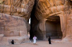 Príncipe Heredero Mohammed bin Salman intenta mejorar imagen represiva del Reino. Ruinas de Mada'in Saleh. Foto/ Tasneem Alsultan para The New York Times.