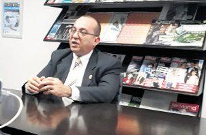 El rector de la Universidad de Panamá, Eduardo Flores, visitó Epasa.