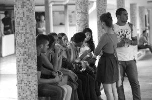 La Universidad de Panamá se ha visto en la necesidad de impartir cursos de afianzamiento o nivelación, o hasta la utilización de tutores durante el primer semestre académico para cubrir las deficiencias presentadas por los estudiantes. Foto: Archivo.